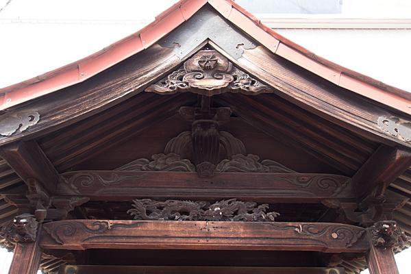 北山本町1不明社彫り物