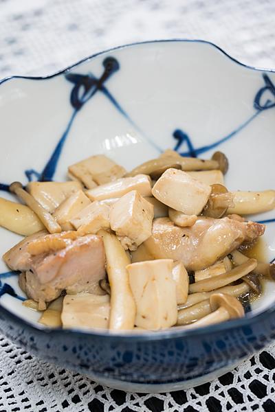 豆腐としめじと鶏肉