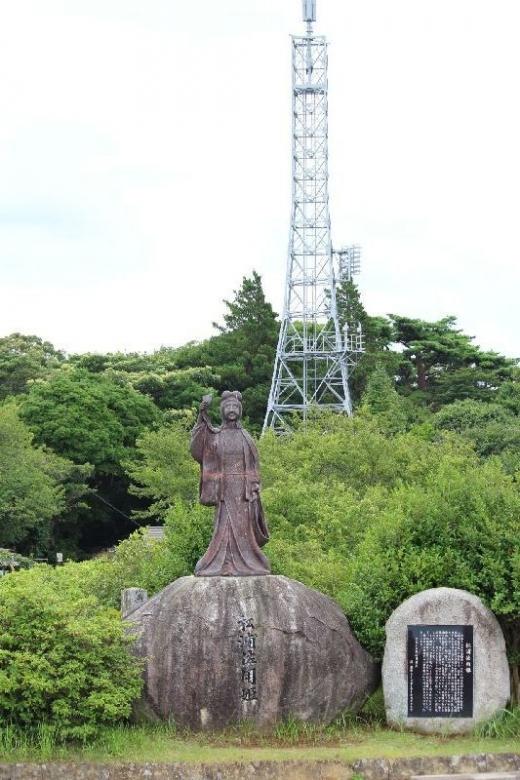 KaratsuKagamiyama_001_org.jpg