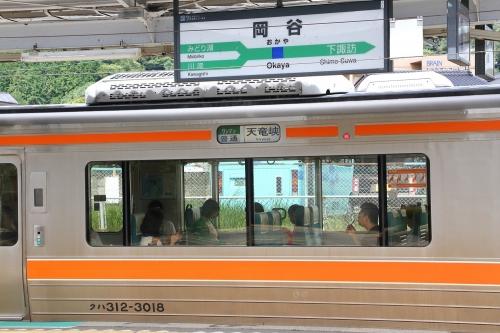 岡谷駅 普通天竜峡行き