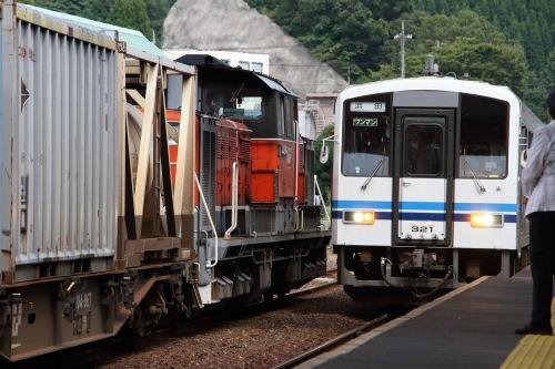 山陰迂回貨物9080レ+普通列車 大田市駅