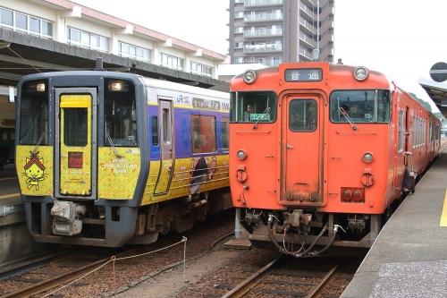 スーパーまつかぜ+普通列車 益田駅