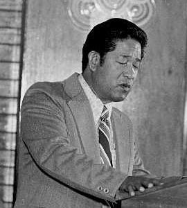 トシオ・ナカヤマ