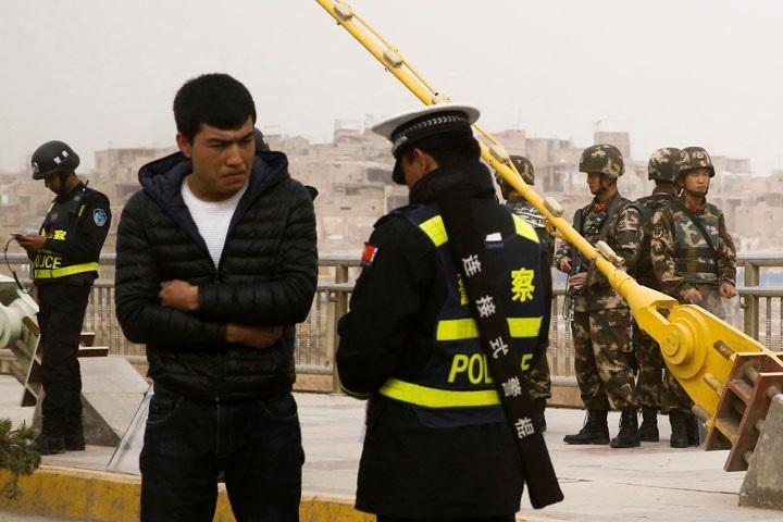 webw180912-uighur-thumb-720xauto.jpg