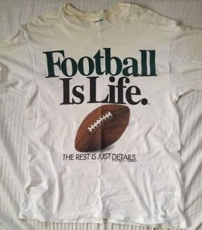 20180929footballislifeのTシャツ