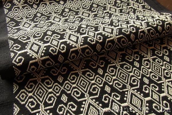 スンバ島浮織り布パヒクン2