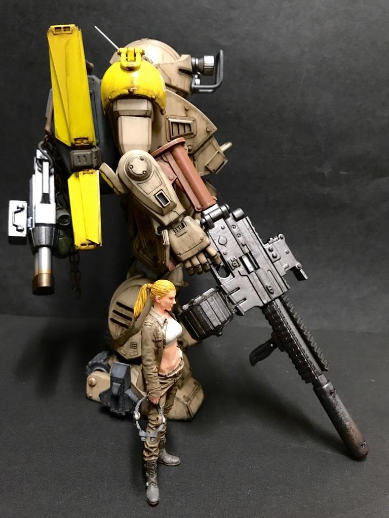 t16_mokiri_yellow_03.jpg