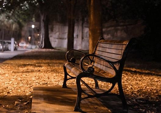 bench-626791_960_720.jpg