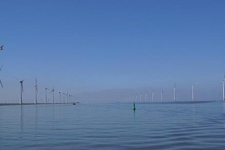 windmills-3595421_960_720.jpg