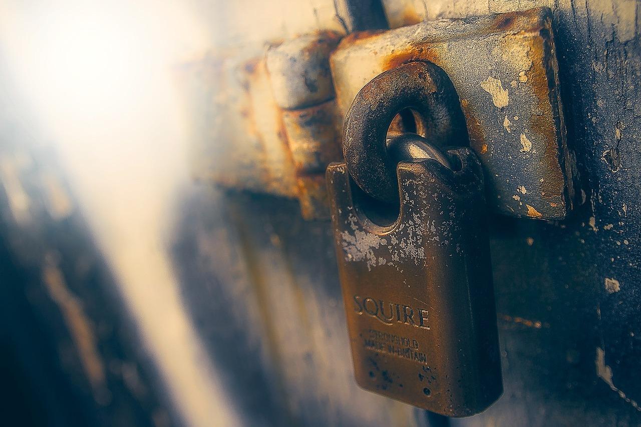 lock-1970607_1280.jpg