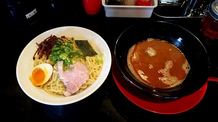 豚丸 つけ麺赤