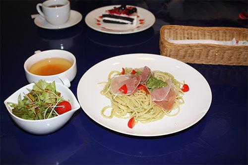 lunch-500.jpg