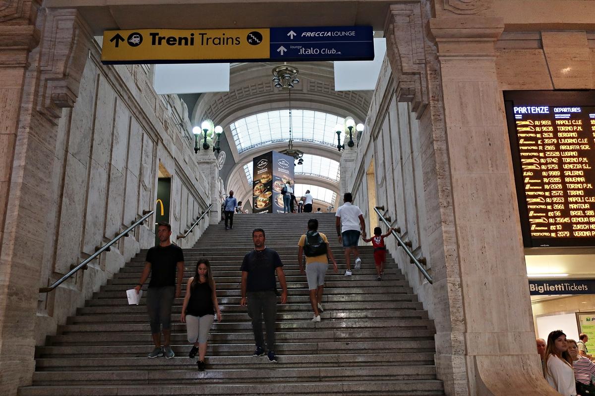 IMG_0981(Milano_central).jpg