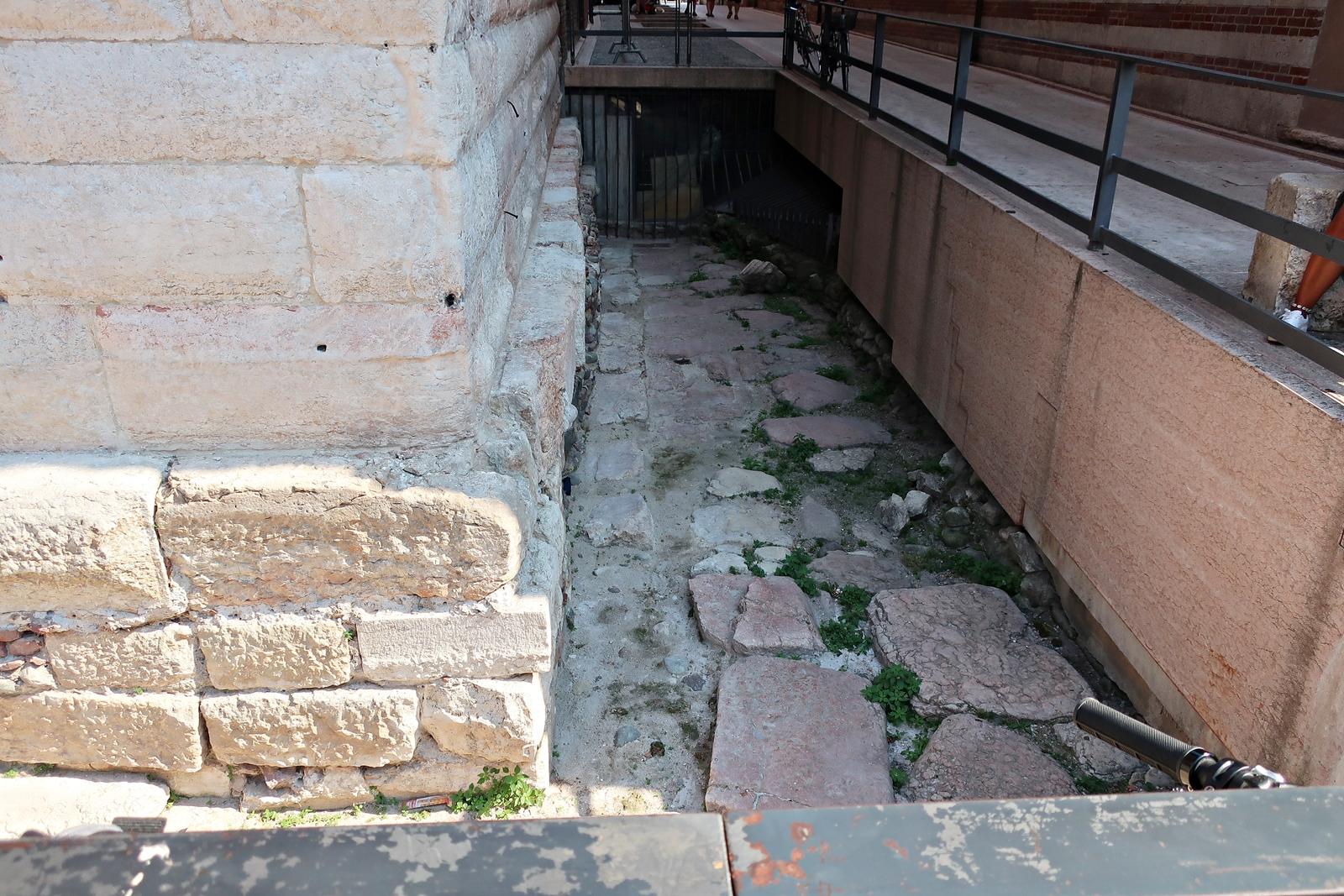 IMG_1112(Verona_ancient_Rome).jpg