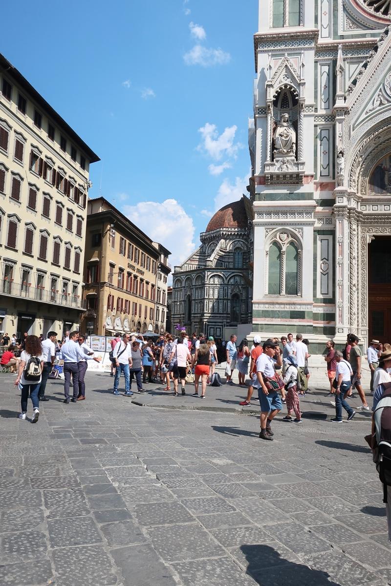 IMG_1503(Piazza_Duomo_Firenze).jpg