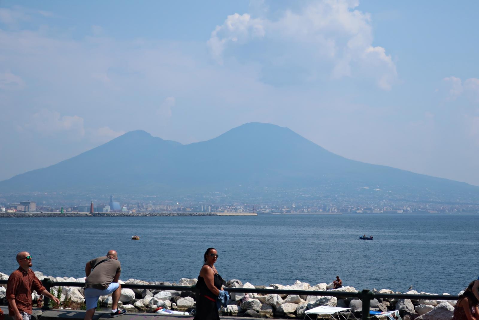 IMG_1838(Napoli_Vesvio).jpg