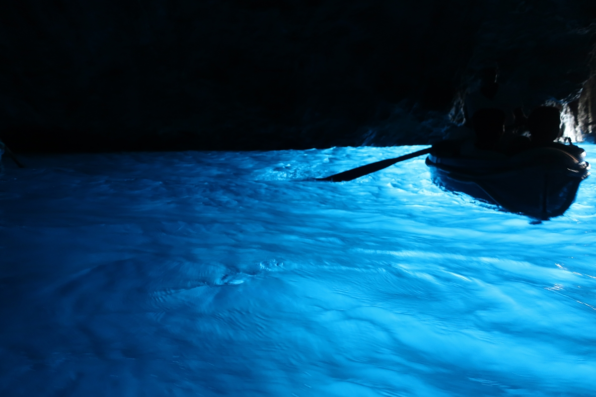 IMG_2184(Blue_grotta_in2).jpg