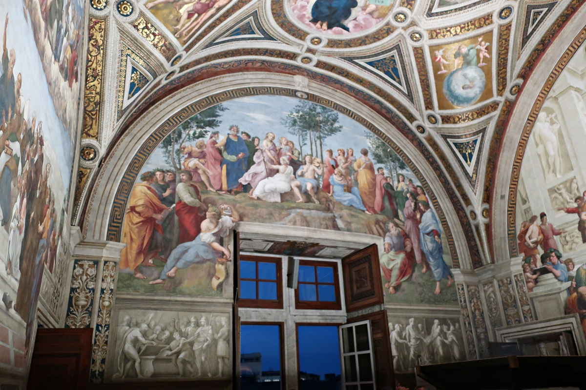 IMG_3297(Vatican_Rafaello_room).jpg