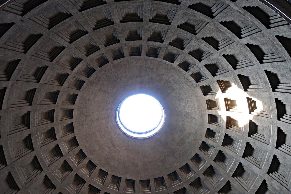 IMG_3399(Roma_Panteon_Ceiling).jpg