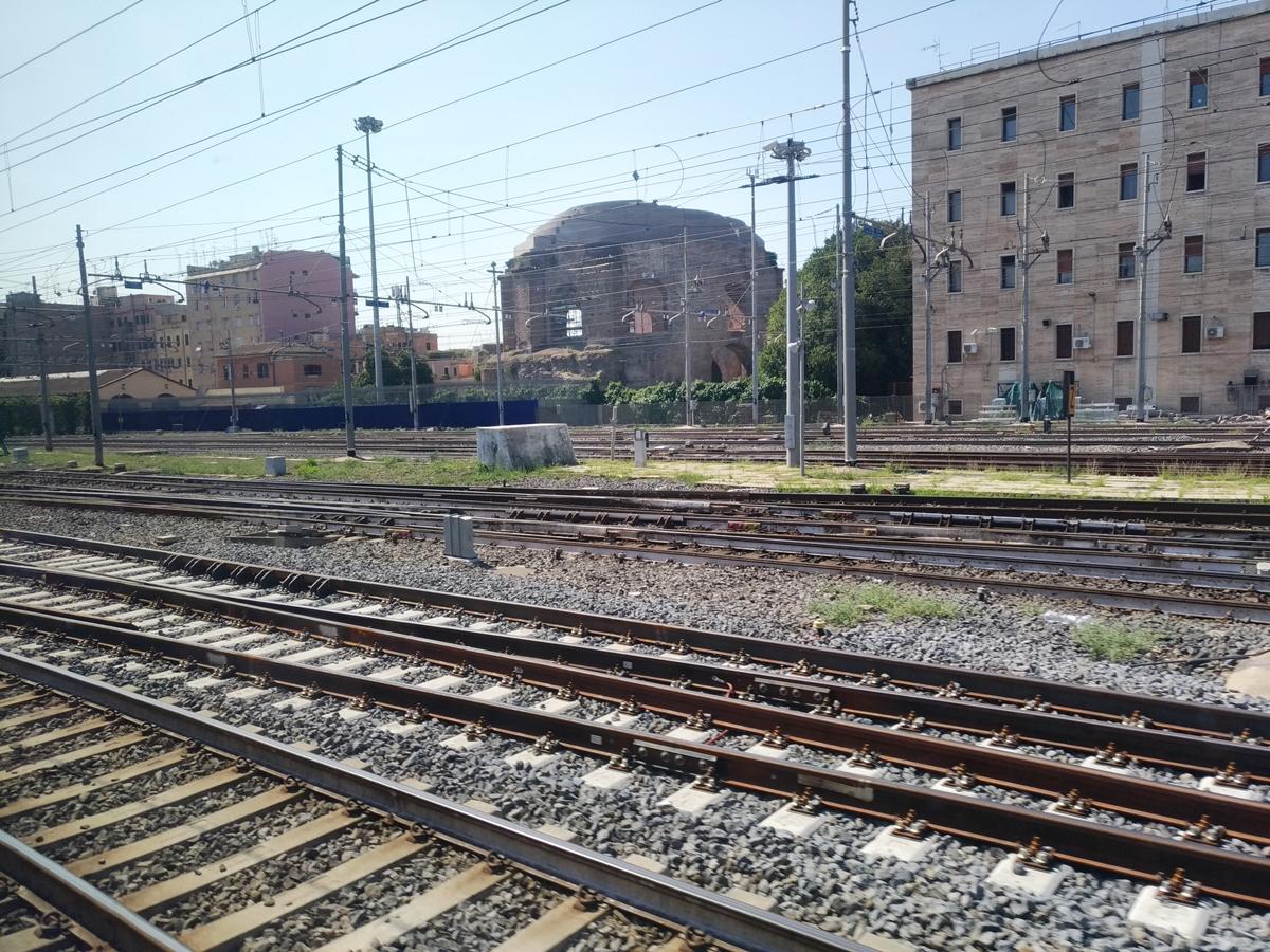 P_20180822_111454(italo_near_Roma).jpg