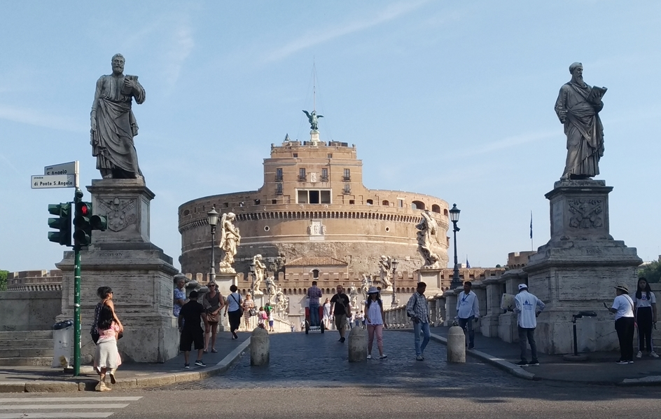 P_20180825_092657(Roma_St_Angelo).jpg