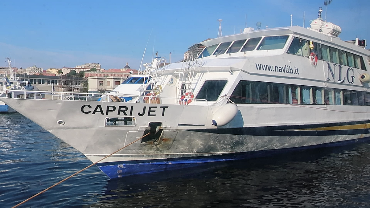 vlcsnap-2018-09-12(Capri_CapriJet).png
