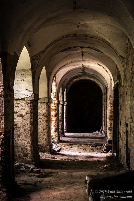 礼拝堂への回廊