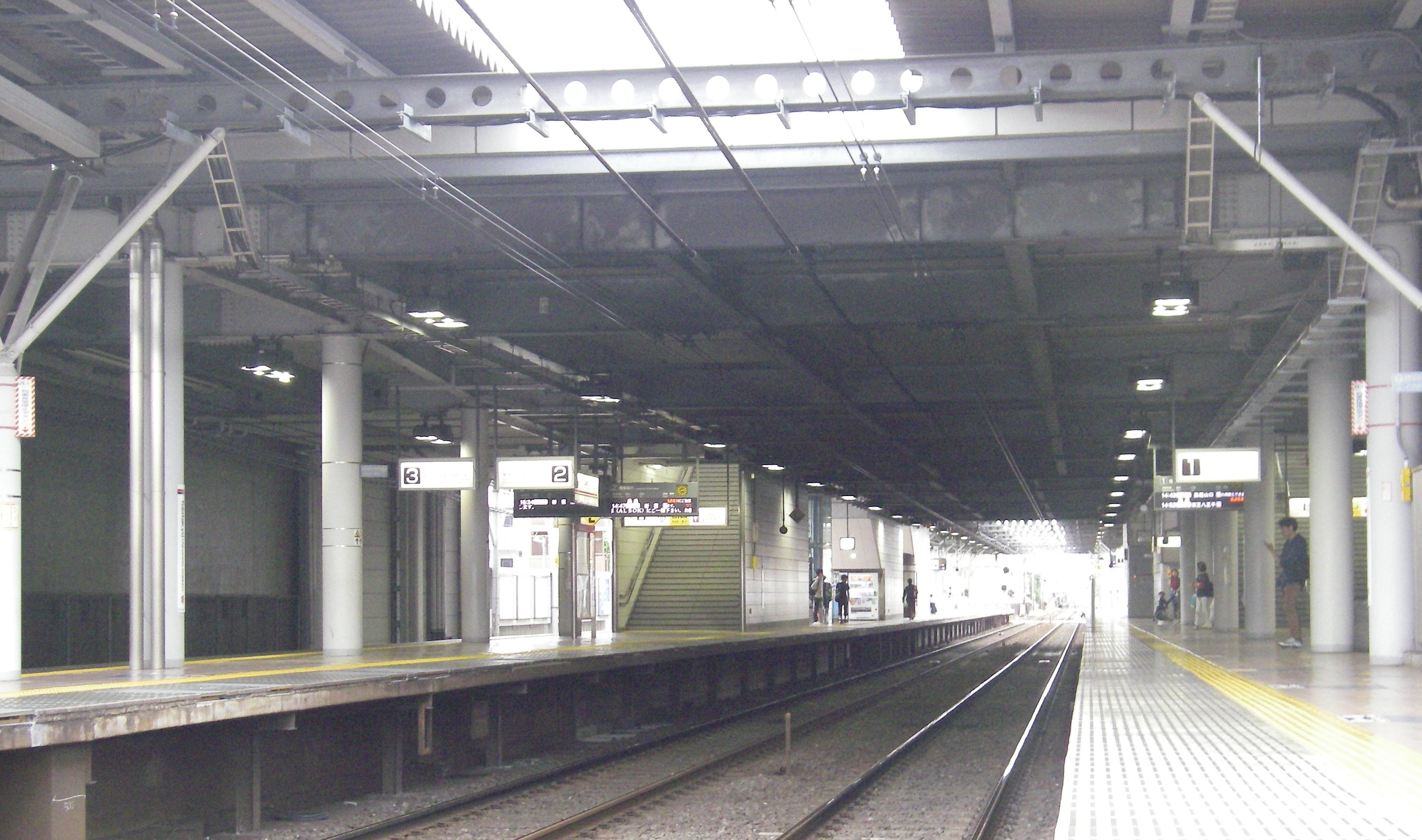 飛田給駅02