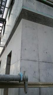 RC外壁型枠のアク汚れ美装