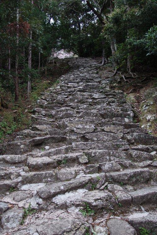 ゴトビキ岩2