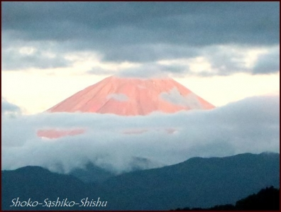 20180908 赤富士 5  山梨アトリエ