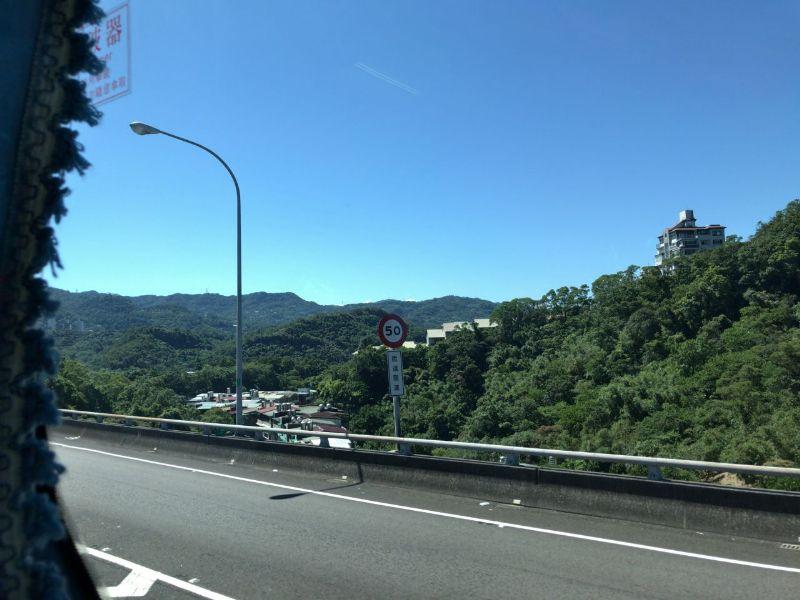 台湾高速道路