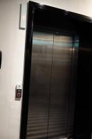 パーク グランド パディントン コート エレベーター