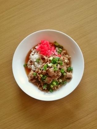 牛細切れ焼き肉丼1
