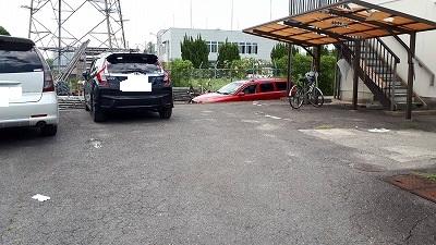 駐車場区画ライン施工前