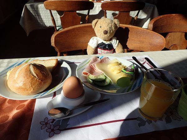 ガストホフ朝食