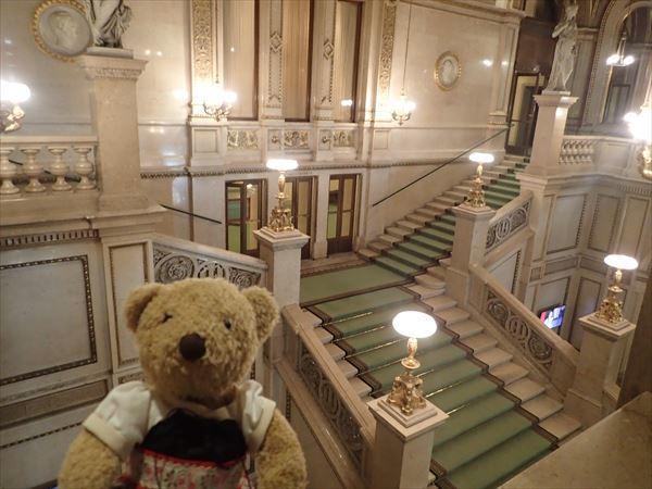 オペラ座内部階段