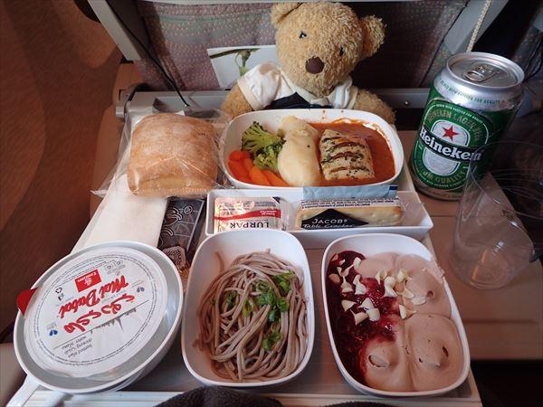 機内食 蕎麦