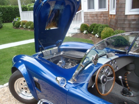 shelby-cobra-1966-replica-royal-blue-with-grey-interior-13.jpg