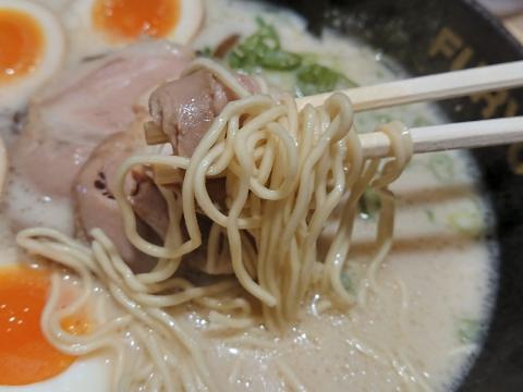 麺リフティング@博多風龍