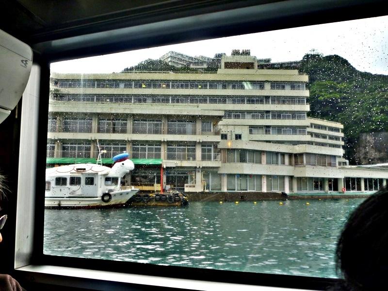 宿泊先-1 ポンポン船からホテル浦島