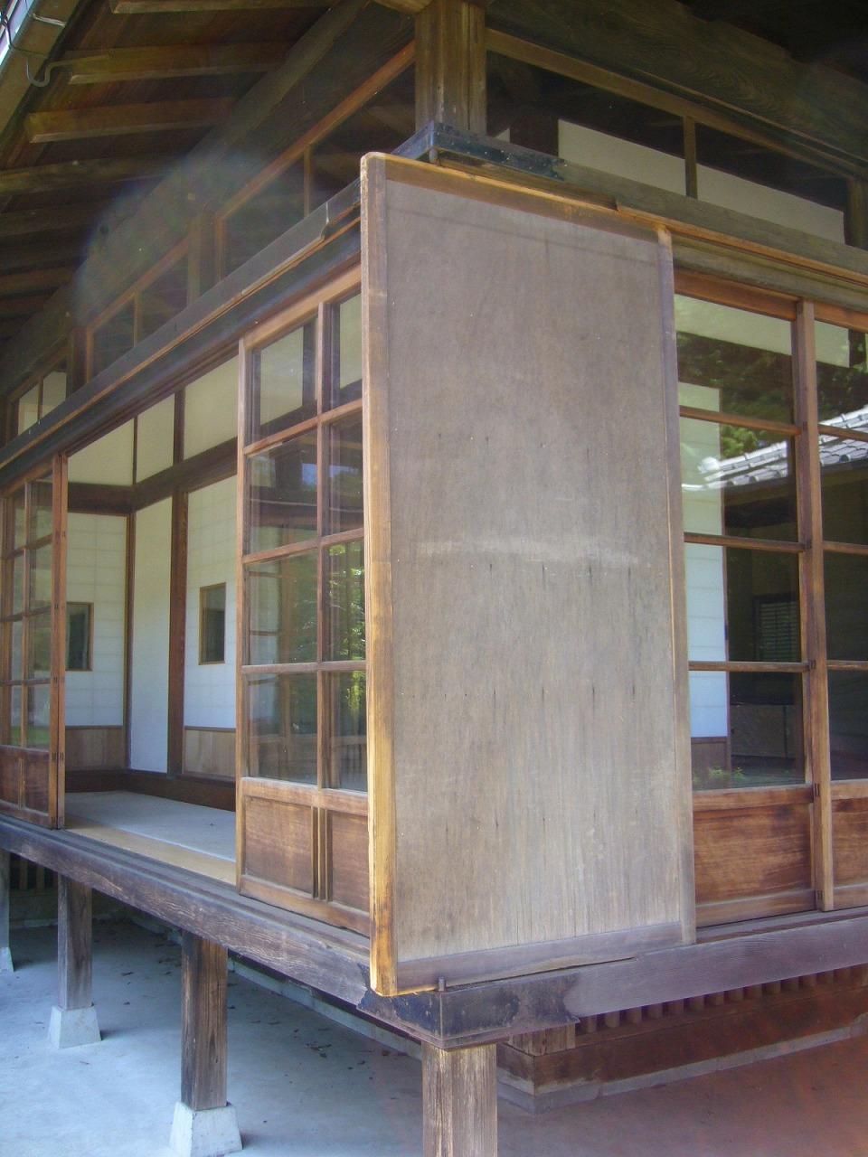 Storm-door,amado,narita-city,japan