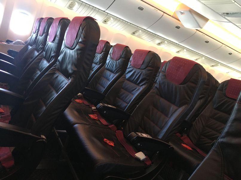 飛行機で2席分必要な大柄な乗客の料金は、やはり2倍になる?