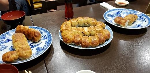 ホワイト餃子三郷
