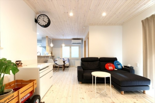 living_swedenhome_surfershouse (1)