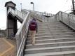 田中駅の階段