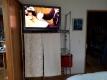 寝室のテレビ