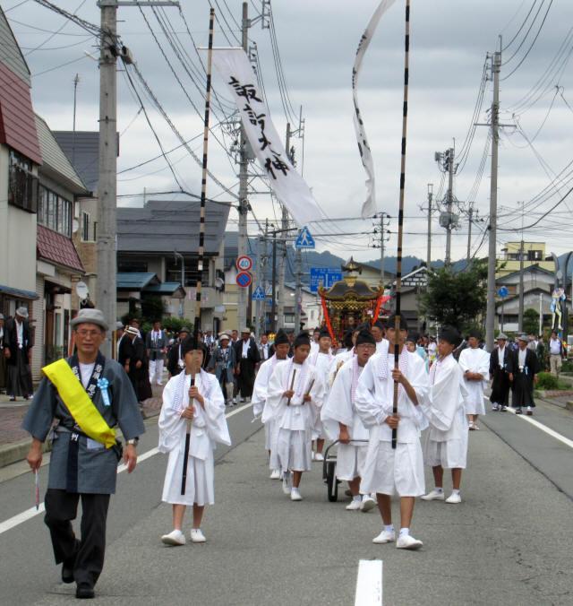 尾花沢祭・行列1