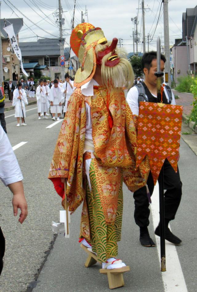 尾花沢祭・行列2