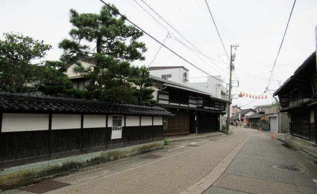 菅笠問屋の町並み5